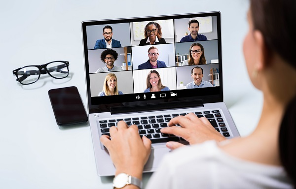 Networking online image